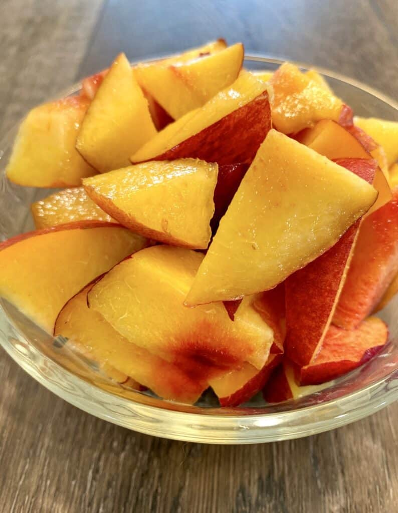 fresh sweet nectarines chopped in bite-sized pieces