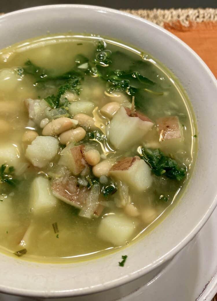 White Bean and Kale Soup