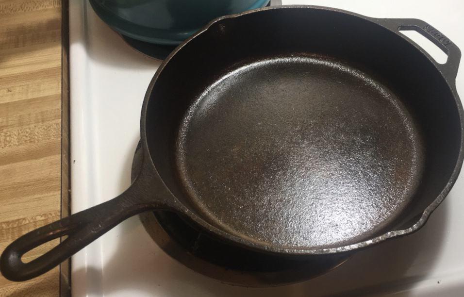 Same refurbished, seasoned cast iron skillet