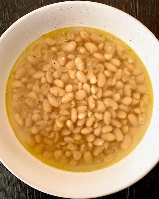 White Beans, Instant Pot or Stovetop Method